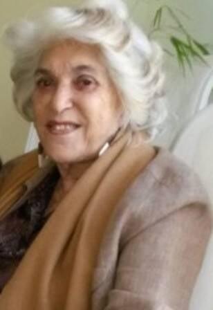 Vera Simões Bainville: brasileira assaltada em Paris - consegue embarcar sem passaporte
