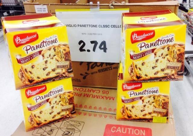 O chocotone made in Brasil no supermercado canadense: mais barato que no nosso país / Foto: Valéria Minczuk