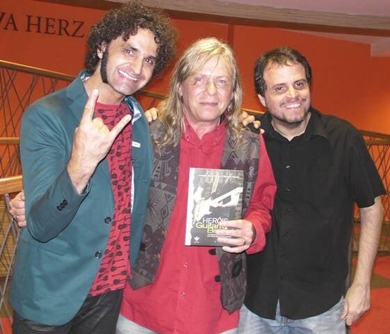 Leandro Souto Maior, Victor Biglione e Ricardo Schott, na noite de autógrafos na Livraria Cultura / Foto: George Patiño