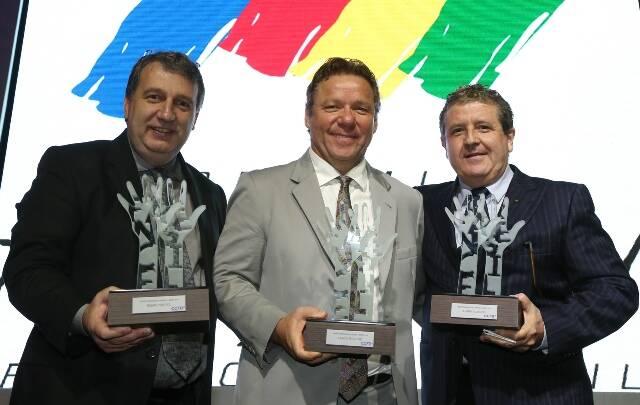 Os chefs Roland Villard, Claude Troisgros e Laurent Suaudeau: importância cultural da culinária reconhecida com prêmio / Foto: Marco Teixeira