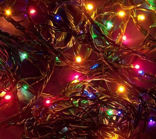 O pisca-pisca das árvores de Natal foi apontado como o símbolo da data por 63% dos brasileiros entrevistados pelo Groupon / Foto: reprodução da internet