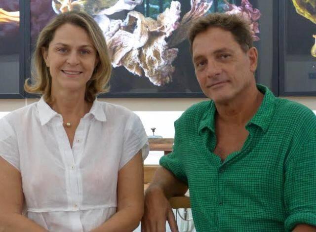 Cristina Borges e Paulo Quinderé: os amigos abriram o atelier de arte DuOlhar, o que tem levado muita gente bacana ao local / Foto: divulgação