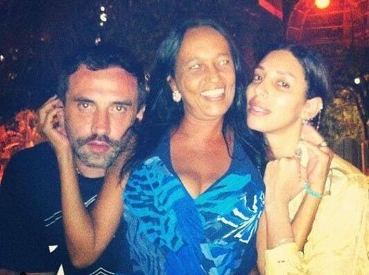 Riccardo Tisci, Keka de Oxossi e Marina Morena: o diretor da marca Givenchy deixou o Rio nesta terça-feira (06/01) - antes foi se despedir da amiga