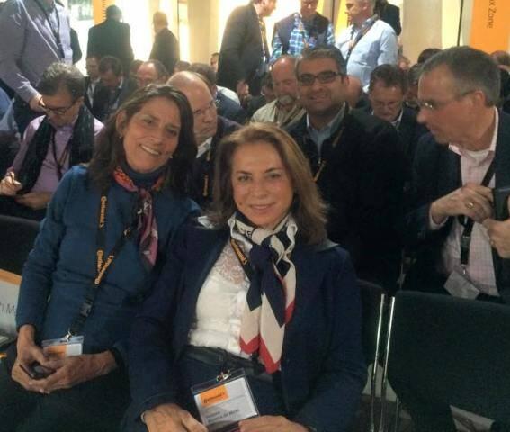 Yvonne Bezerra de Mello e a presidente do projeto Uerê, Luciana Martha, na reunião com executivos da Continental, na Alemanha / Foto: divulgação