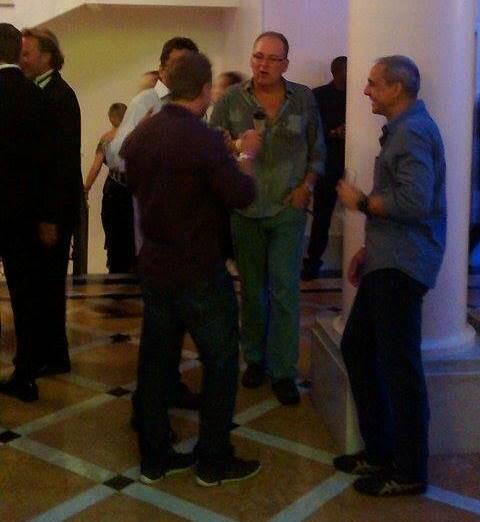 Baile do Copa: grupo de homens com 'roupa de rua' na festa chamou atenção de todo mundo - como conseguiram entrar? / Foto: leitor amigo