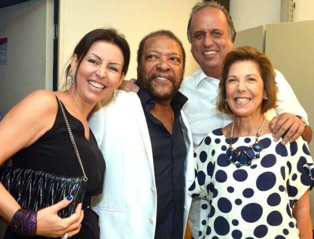 DSC_6391   Cléo Ferreira , Martinho da Vila ,  Pezão e Maria Lucia Jardim   - Show MARTINHO DA VILA - Fevereiro 2015 - Foto CRISTINA GRANATO