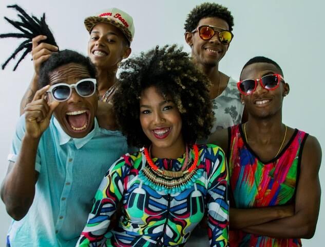 Os dançarinos Diogo Breguete, Hiltinho, Lellêzinha, Pablinho Fantástico e Rafael Mike: o Dream Team do Passinho / Foto: divulgação