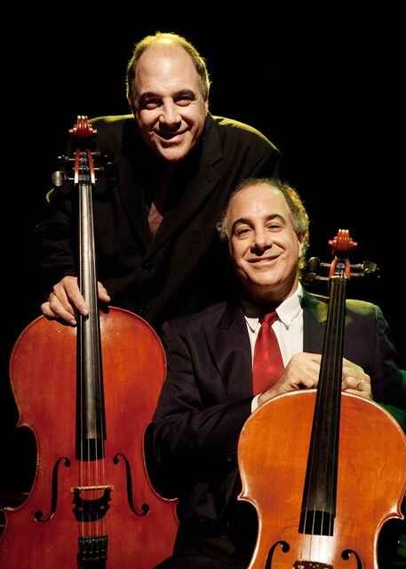 Os irmãos Santoro formam o único duo de violoncelos em atividade permanente no país / Foto: divulgação