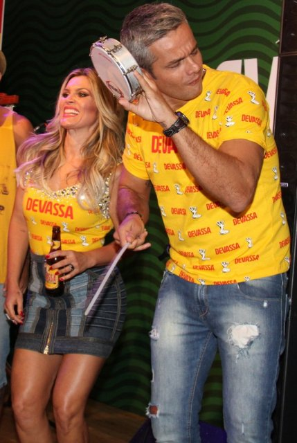 O casal Flávia Alessandra e Otaviano Costa: uma dupla com o espírito carioca do carnaval / Foto: Cleomir Tavares