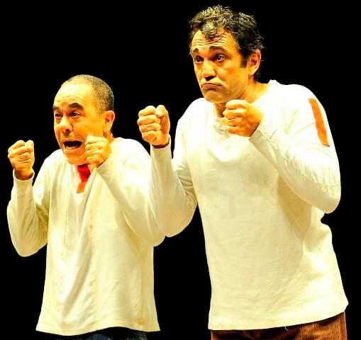 Os atores  Fernando Sampaio e Domingos Montagner são loucos por circo: além do grupo La Mínima também têm o Circo Zanni/ Foto: Carlos Gueller
