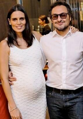 Cássia Ávila e Jack Vartanian: casal paulista ganha jantar da amiga Zezé Piereck, festejando coleção / Foto: Murillo Tinoco