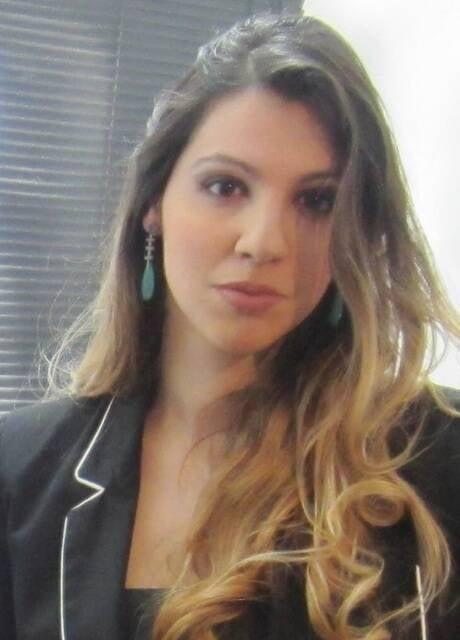 A gaúcha Ali Pastorini, de 32 anos, é a única brasileira com cargo executivo na Bolsa de Diamantes do Panamá/ Foto: divulgação