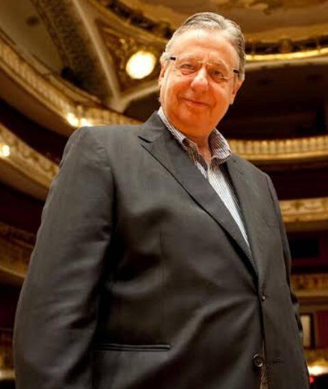 O diretor artístico do Theatro Municipal de São Paulo vai reger, logo mais, a ópera Otello/ Foto: divulgação