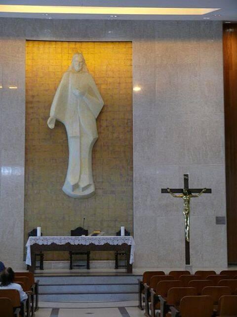 A Igreja do Sagrado Coração de Jesus, na Gávea, foi palco de evento bizarro/ Foto: reprodução da internet
