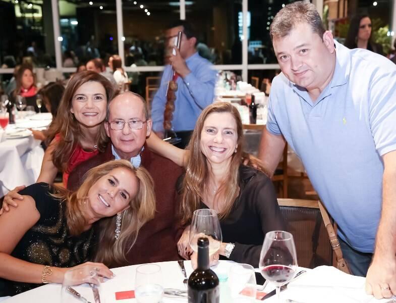 Elisa, Flavia, Luiz Paulo, Fernanda e Bruno Marcolini_foto Miguel Sa_EU7A8301