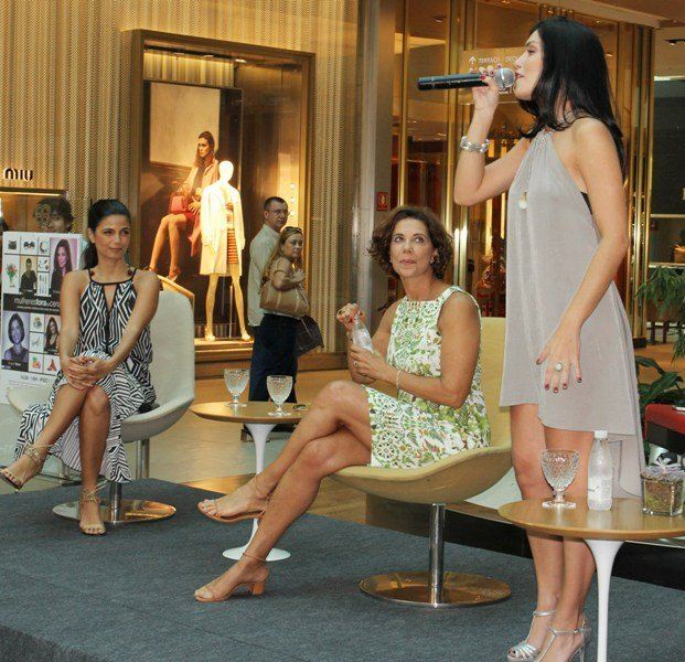 IMG_8976-Emanuelle Araujo, Angela Vieira e Joyce Candido