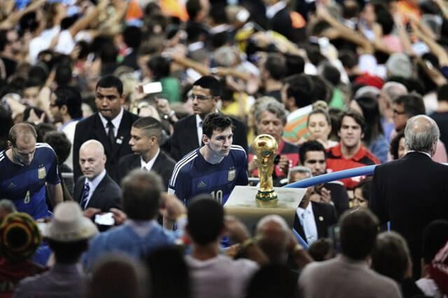 A foto do olhar de derrota de Messi na Copa do Mundo ganhou na categoria Esportes, no World Press Photo/ Foto: Bao Tailiang