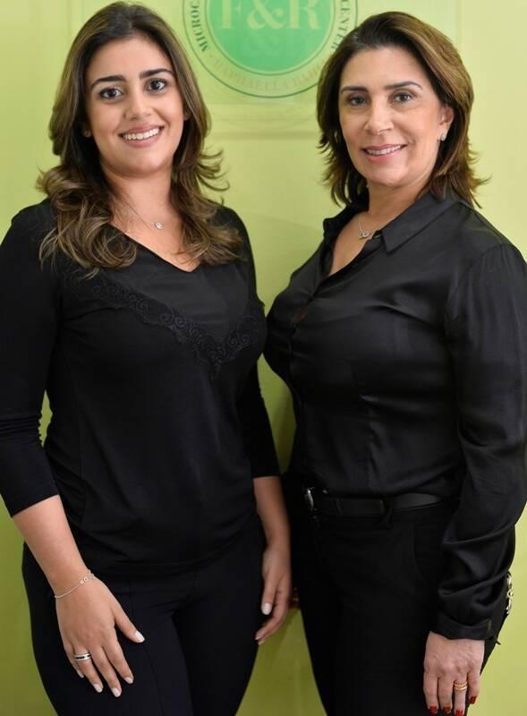 As sócias Fátima e Raphaella Bahia, mãe e filha, respectivamente, comandam a FR Microcenter, no Rio e chegam a fazer 400 sobrancelhas ao mês