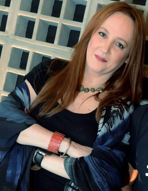 Christiana concilia a carreira de atriz de teatro, tv e cinema com a atividade de artista plástica/ Foto: divulgação