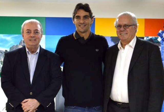 O secretário estadual de Turismo, Nilo Sergio Felix, Gilberto Godoy, o Giba, e o presidente da TurisRio, Paulo Senise/ Foto: divulgação