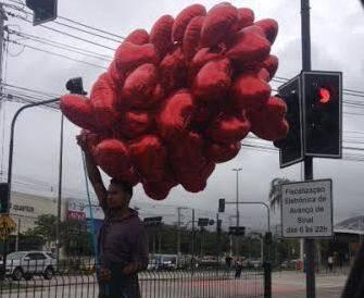 Dia nos Namorados: Quer um coração só pra você? Por que não comprar? Na Barra está à venda