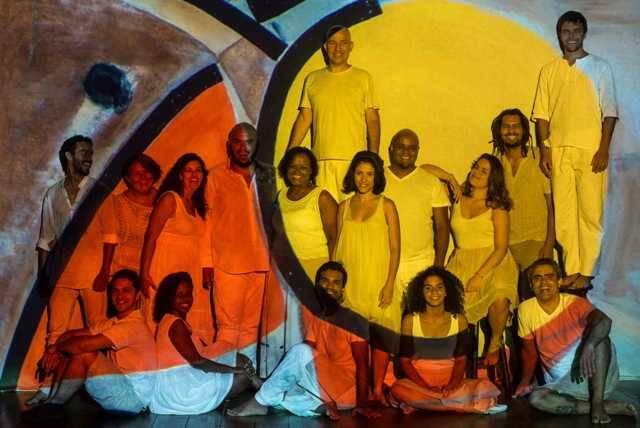 O grupo vocal se dedica a ritmos populares e tem direção musical de Sergio Sansão/ Foto: Andrea Nestrea
