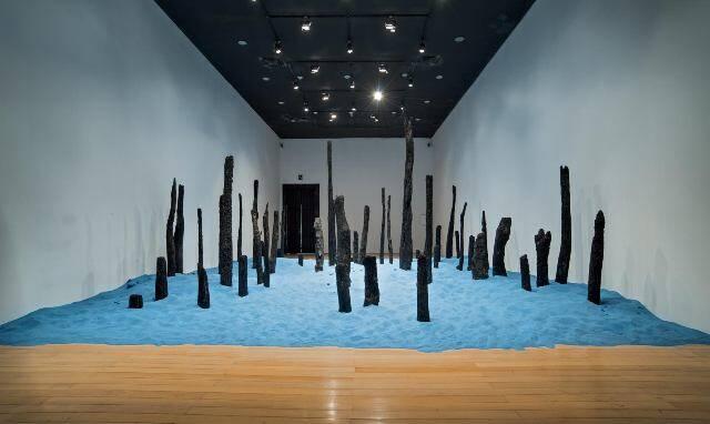 A instalação de Fernando Limberger, gaúcho radicado em São Paulo, ocupa 100m² dos 141m² da sala do CCBB/ Foto: divulgação