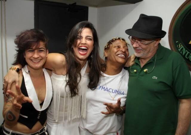 No alto, Mart'nália e Emanuelle Araújo; acima, Lan Lan, Emanuelle, Mart'nália e Toni Costa/ Fotos: Brunno Dantas