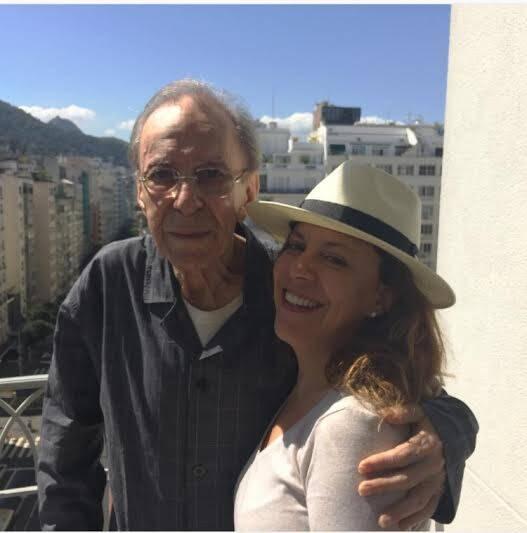 Bebel e João Gilberto: cantora surpreende ao publicar imagem do pai, João Gilberto / Foto: reprodução
