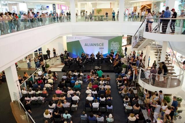 Shopping Leblon cheio: uma das apresentações da OPS patrocinadas pelo grupo Aliansce / Foto: divulgação