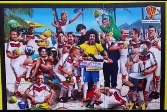 Painel exibido no Salão do Automóvel em Frankfurt sacaneia o Brasil / Foto: reprodução