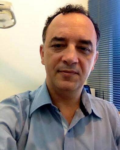 Rogério Romeiro: podólogo, graduado em Fisioterapia, sabe tudo para seus pezinhos e unhas ficarem incríveis / Foto: divulgação