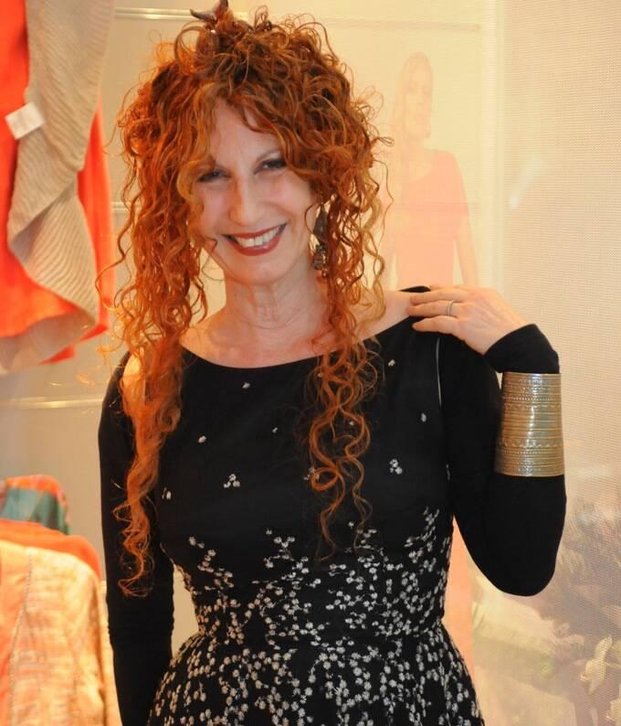 Susi Cantarino: a artista e galerista vai fechar a galeria de Ipanema, mas mantém a do Centro / Foto: Ana Colla