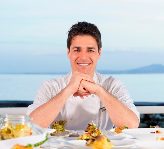 O chef italiano Pasquale Palamaro vai servir sua culinária estrelada, de toques mediterrâneos, nesta quarta, no Alloro / Foto: divulgação