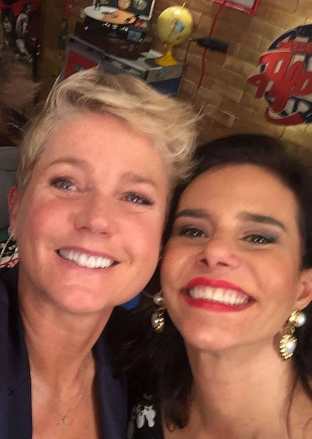 """Narcisa e Xuxa: até a equipe se divertiu durante a gravação do """"Porta Afora"""", de Fabio Porchat / Foto: reprodução"""