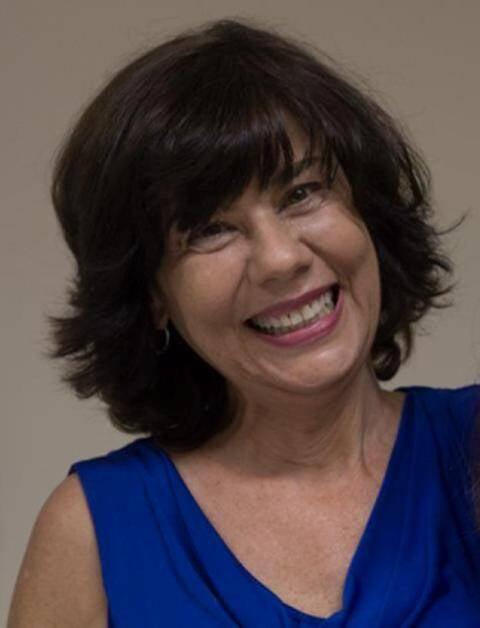 """Professora do IFCS/UFRJ, a antropóloga Mirian Goldenberg lançou um livro só sobre relações casuais, chamado de """"SeXo"""" / Foto: reprodução da internet"""