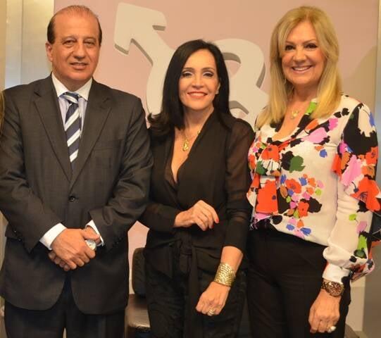 O ministro Augusto Nardes com Liliana Rodriguez e Alda Soares / Foto: divulgação