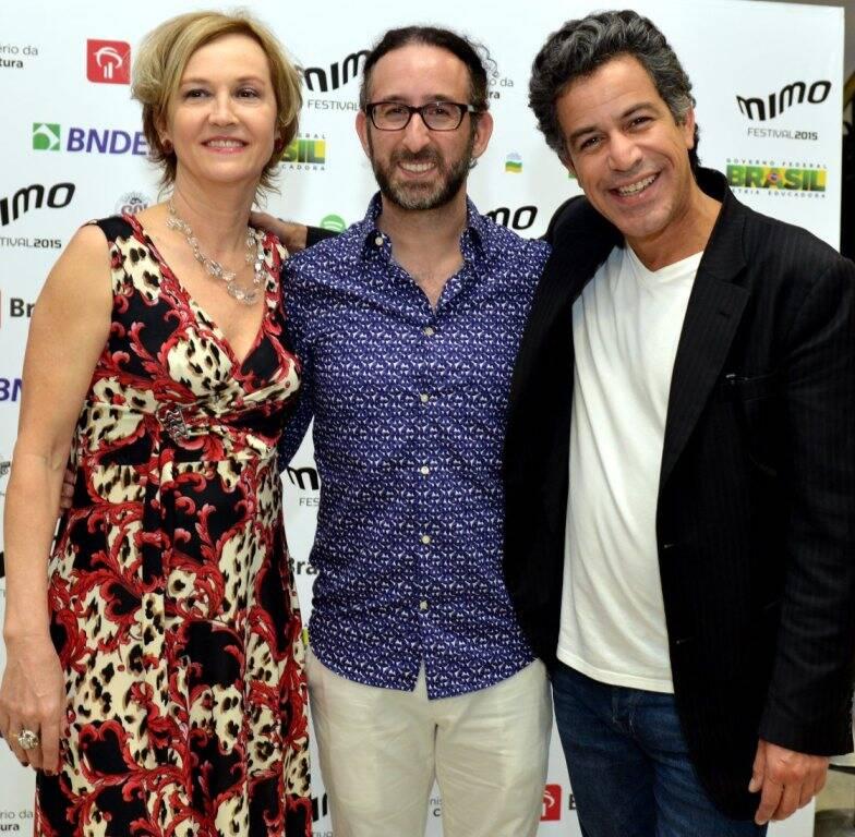 DSC_1614   Rejane  Zilis  ,  Jeff L. Lieberman e Luiz Calainho - Abertura do Festival MIMO - Novembro 2015 - Foto CRISTINA GRANATO