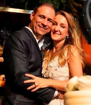 José Luiz Lopes Pinto e Paula Bellotti: a dermatologista casou-se com  José Luiz Lopes Pinto, empresário mineiro, no Hotel Fasano / Foto: divulgação