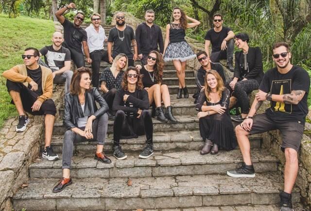 Produtores, artistas e DJs reunidos: festa NOON vai festejar quatro anos no 00 / Foto: Raul Aragão