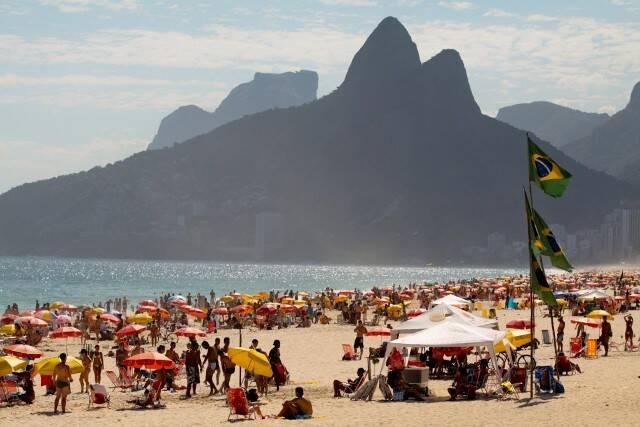 As altas temperaturas foram apontadas como o pior do Rio, segundo os turistas que visitaram a cidade semana passada / Foto: Pedro Kirilos/ Riotur