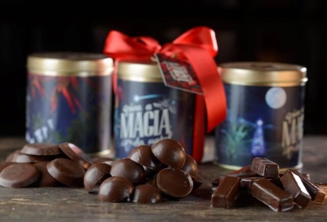 Chocolate Q_Latas com chocolates_Alexander Landau (2)_imprensa