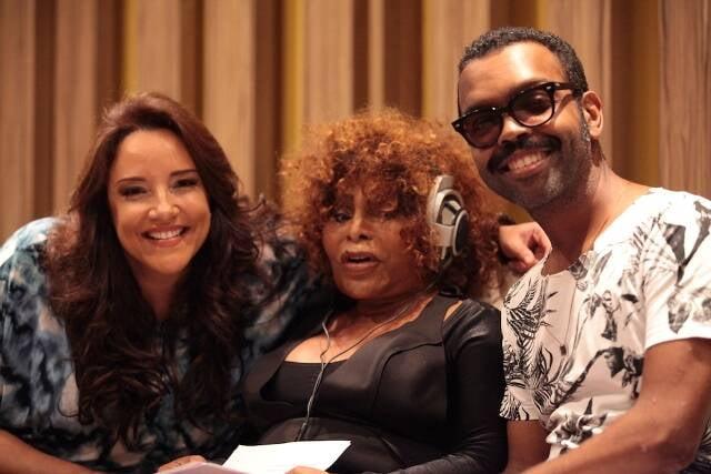 """Ana Carolina, Elza Soares e Rodrigo Pitta: vocais pra lá de divertidos na música """"Será?!"""" / Foto: divulgação"""
