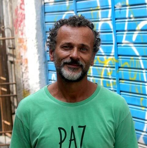 O curador Paulo Branquinho: galeria na rua onde morou Madame Satã / Foto: Tchello de Barros