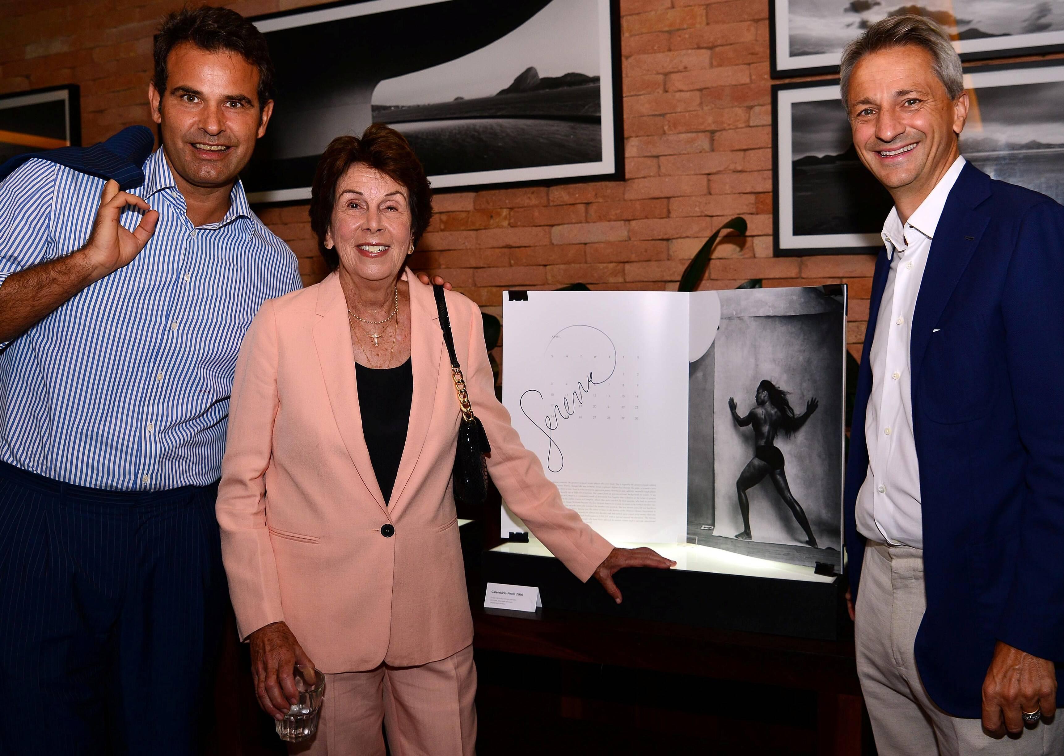 A campeã Maria Esther Bueno, embaixadora da Pirelli no Brasil, Paolo Dal Pino, presidente para América Latina da empresa, e ao Marco Maria Tronchetti Provera, diretor de Marketing / Foto: Ana Colla