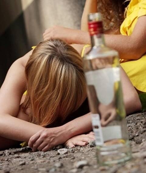 Álcool e carnaval: combinação que pode ser explosiva para muitos jovens / Foto: reprodução da internet
