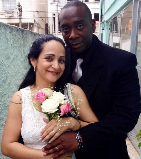 Elina e Prentice: empresária quer acompanhar o enterro do marido nos EUA / Foto: divulgação