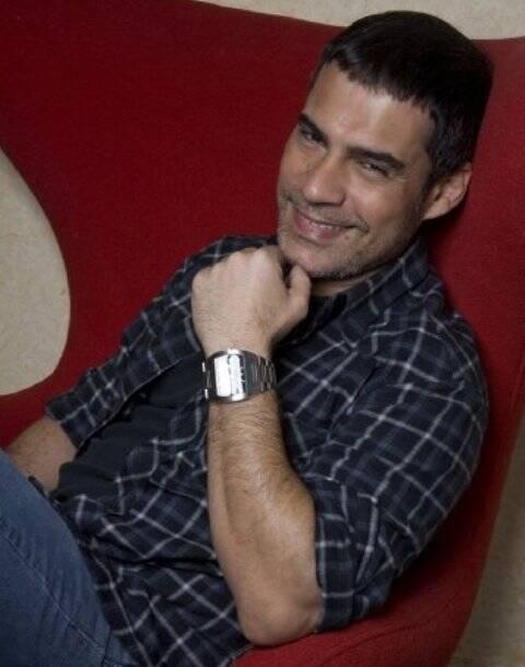 O ator. cantor e produtor Claudio Botelho vai receber o prêmio Faz Diferença, nesta quarta-feira, no Copacabana Palace / Foto: reprodução da internet