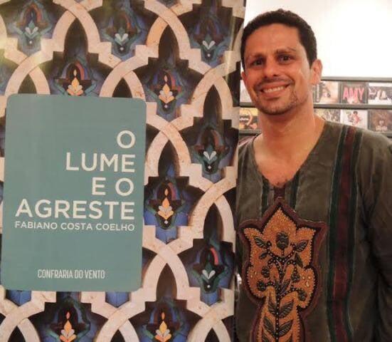 """Fabiano Costa Coelho: escritor pernambucano lançou seu livro """"O lume e o agreste"""" no Rio / Foto: Waldir Leite"""