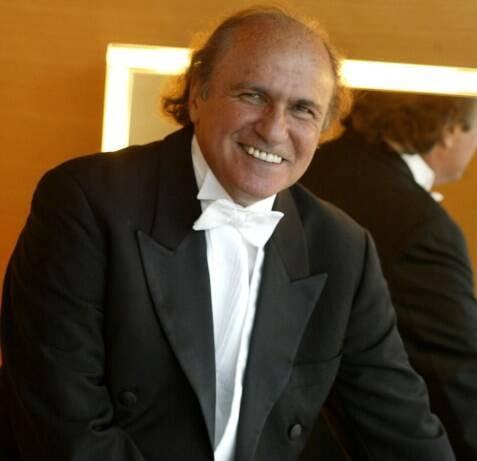 O maestro Isaac Karabtchevsky: no comando do concerto na noite desta quinta-feira, no Shopping Leblon / Foto: IG
